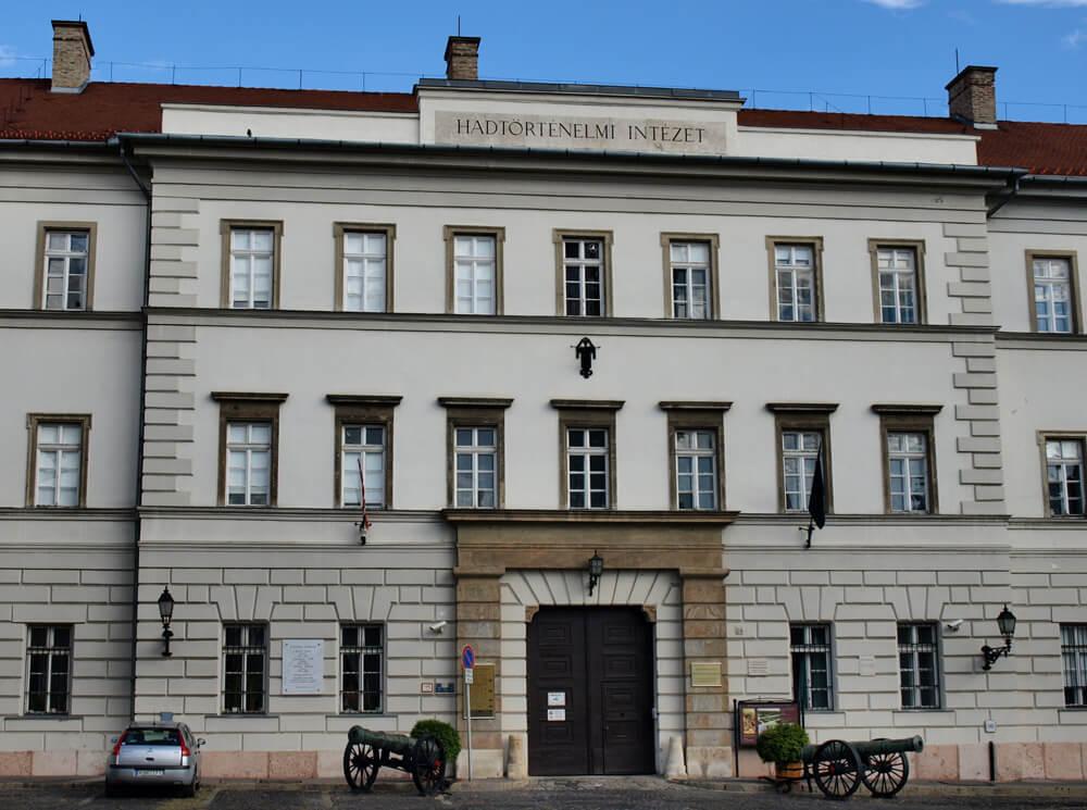 Institut und Museum für Militärgeschichte - Szolnok
